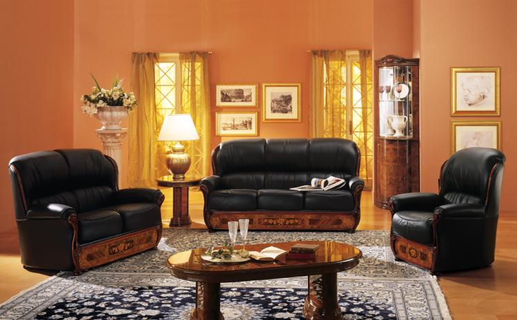Exklusive eckvitrine milady nussbaum hochglanz luxus for Italienische polstergarnituren
