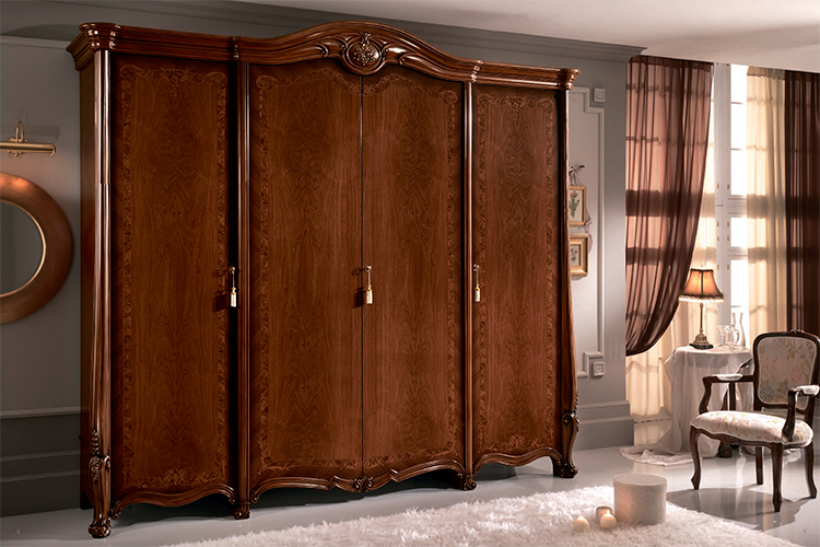 exklusiver kleiderschrank schrank lackiert nussbaum farbe stilmoebel aus italy ebay. Black Bedroom Furniture Sets. Home Design Ideas