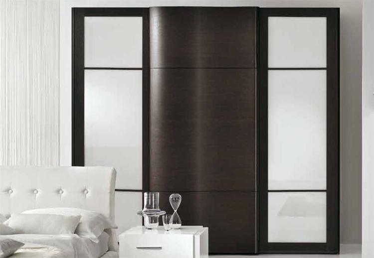 exklusive modern kleiderschrank italien designer m bel. Black Bedroom Furniture Sets. Home Design Ideas